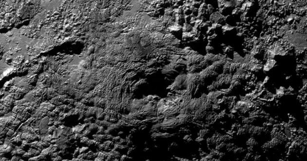 Des volcans de glace sur Pluton
