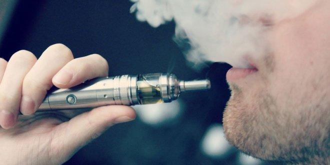 La cigarette électronique considérée comme une aide pour quitter le tabagisme en Angleterre