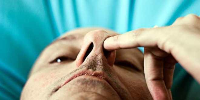 Un antibiotique dans votre nez peut tuer le Staphylocoque doré