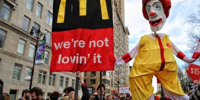 McDonald et la révolution des employés de Fast-Food