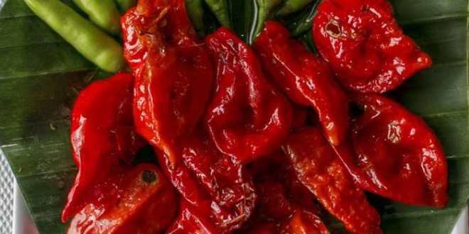 Hoax : un piment rouge peut trouer votre œsophage