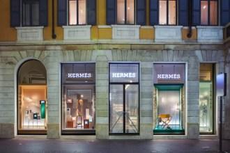 Vetrine Hermès Photo: © Andrea Pisapia Spazio Orti 14 architettura