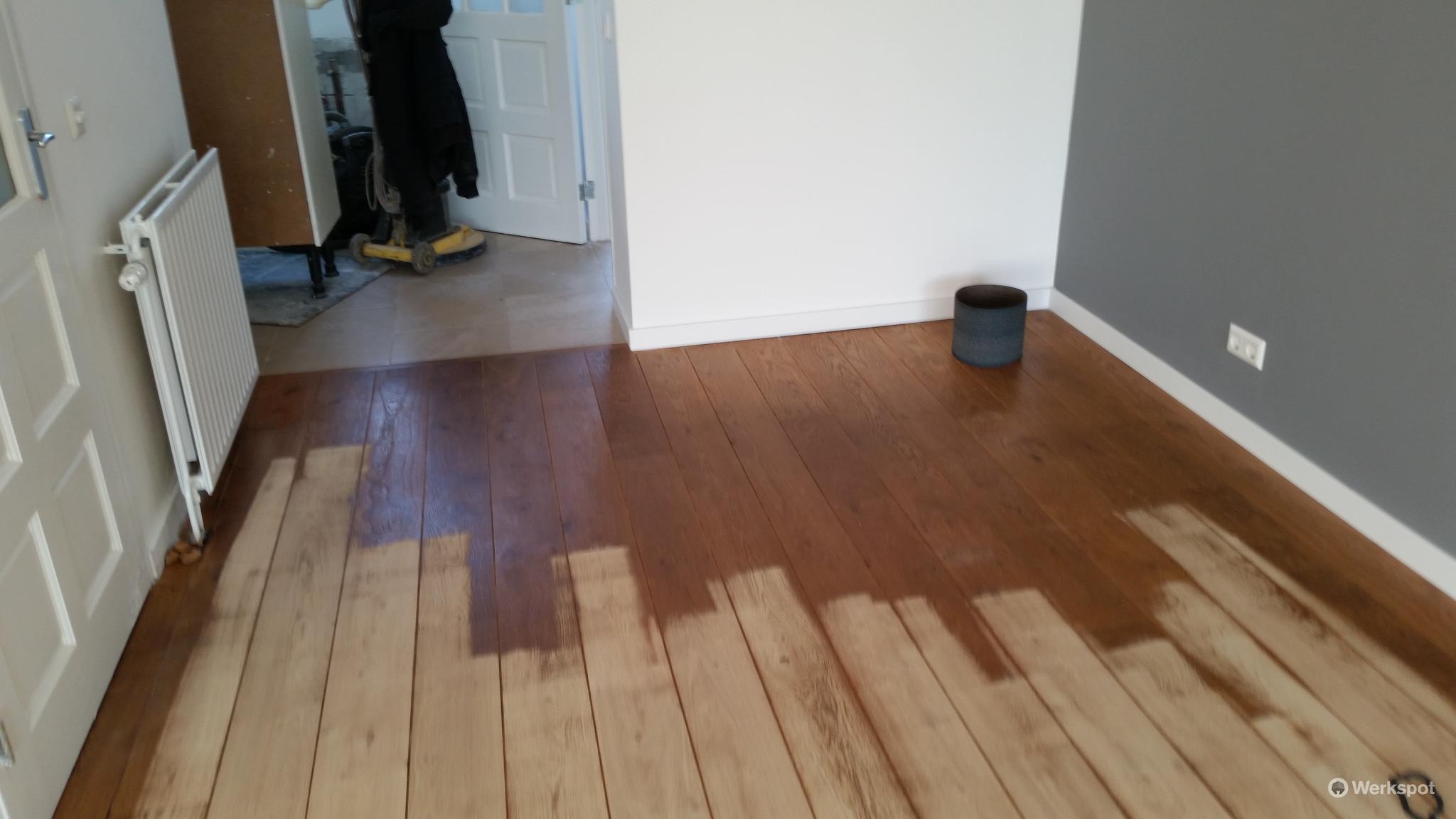 Grenen vloeren schuren grenen vloer lakken grenen vloer grey wash
