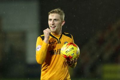 Oliver McBurnie signs for Bristol Rovers on loan