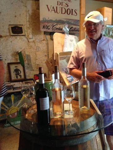 roh_web_Wine tasting1