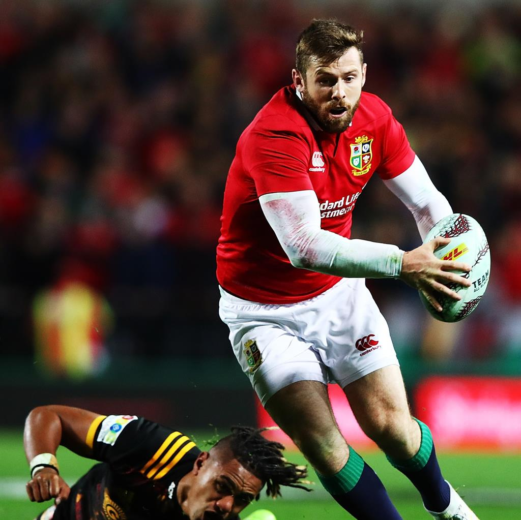 Ell Of A Surprise As Warren Gatland Goes For No Half