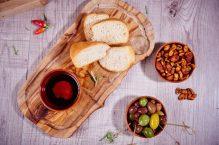 bread-olives