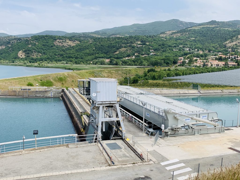 Hydo electric dam Tour de Lac - Volonne