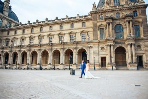 Лувр. Свадебная фотосессия во Франции