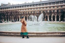 paris-photo-love-65