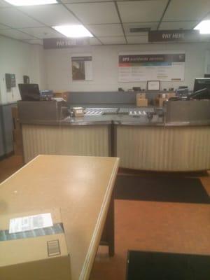 ups customer center 6800 s 6th st oak
