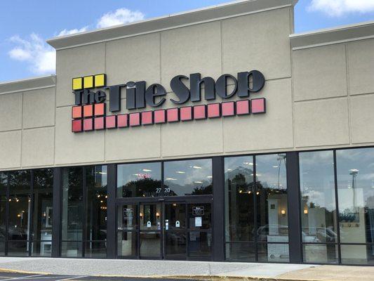 the tile shop 2720 n mall dr virginia