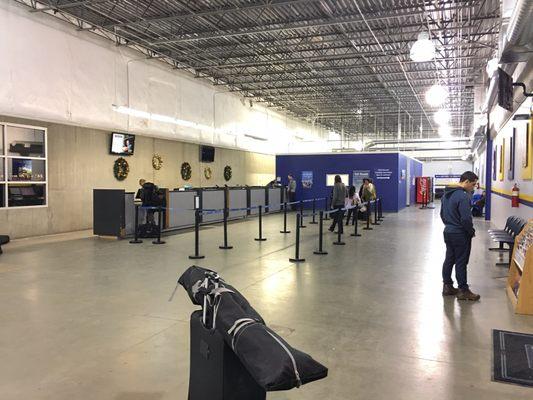 Fox Rent A Car Denver International Airport 327 Photos 1435 Reviews Car Rental 24558 E 75th Ave Denver Co Phone Number Yelp