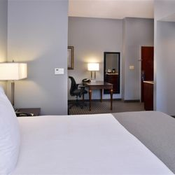 Best Western Plus Two Rivers Hotel   Suites   79 Photos   Hotels     Photo of Best Western Plus Two Rivers Hotel   Suites   Demopolis  AL  United