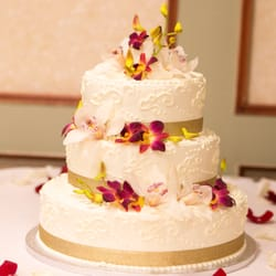 Best Wedding Cake Bakeries Near Me   September 2018  Find Nearby     Sunset Bakery