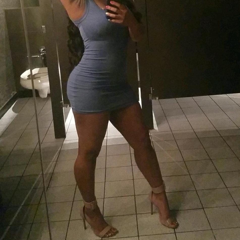 Photo Of Trapeze Atlanta Ga United States Sexy Girls In The Bathroom