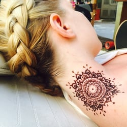 waikiki henna tattoos and hair braiding waikiki honolulu hi united states hair stylists