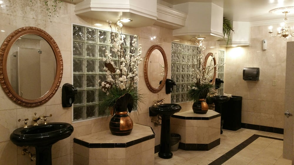 Quite A Large, Fancy Bathroom At @DixieCrossroads.