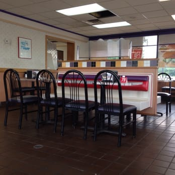 Hardee s   Fast Food   100 US Hwy 80 E  Demopolis  AL   Restaurant     Photo of Hardee s   Demopolis  AL  United States