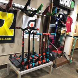The Shop Pro Scooter Lab - 28 Photos & 11 Reviews ...