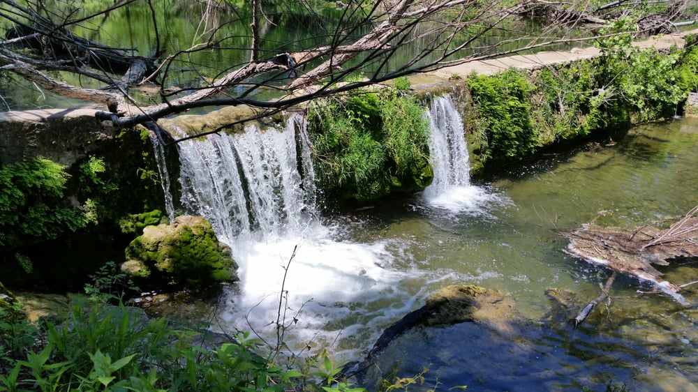 St Edwards Park, Austin Hiking Trails With Waterfalls