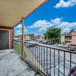 Photo Of Bankside Village Apartments Houston Tx United States Balcony
