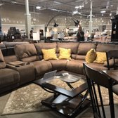 photo de ashley homestore hickory nc etats unis this is the