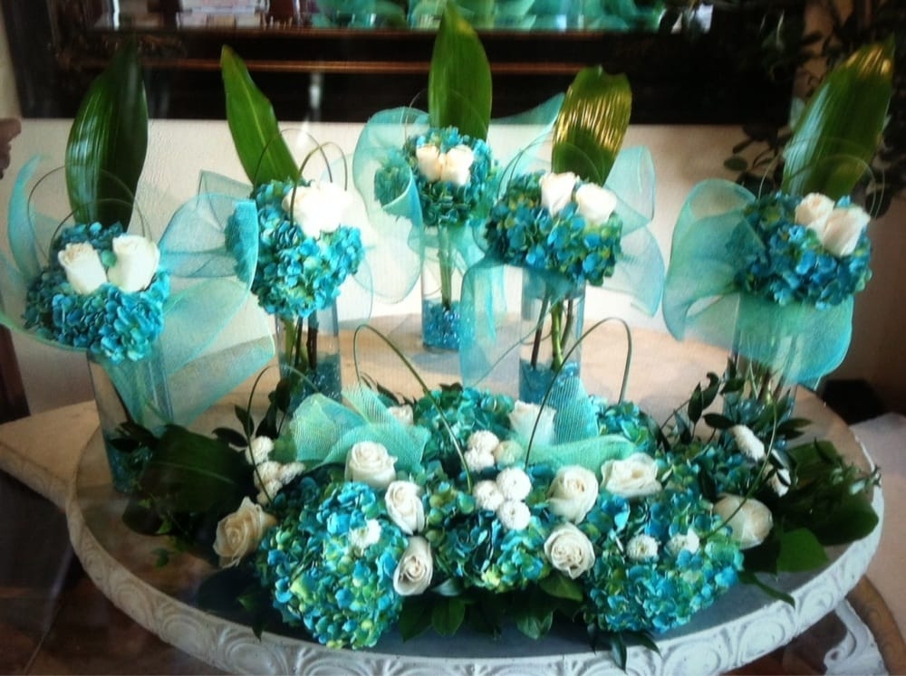 Our Beautiful Mint And Teal Wedding Centerpieces