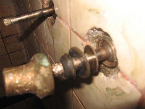 OLD Shower Diverter Stuck Leaking Inside Wall Forum Bob Vila