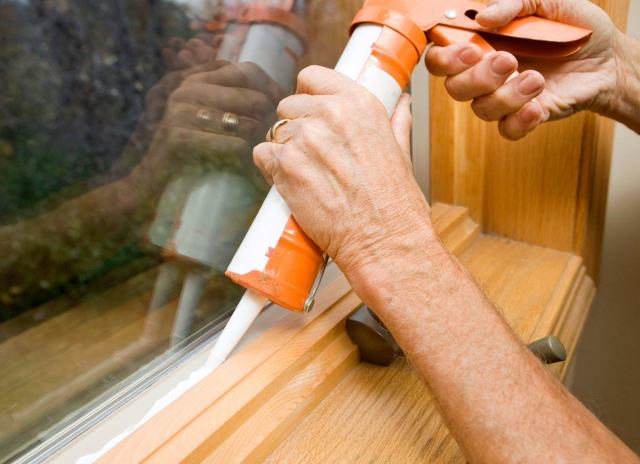 Caulk-window