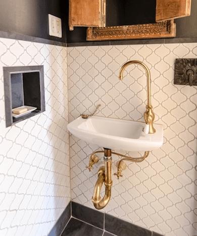 Bathroom-trends-unlacquered-brass