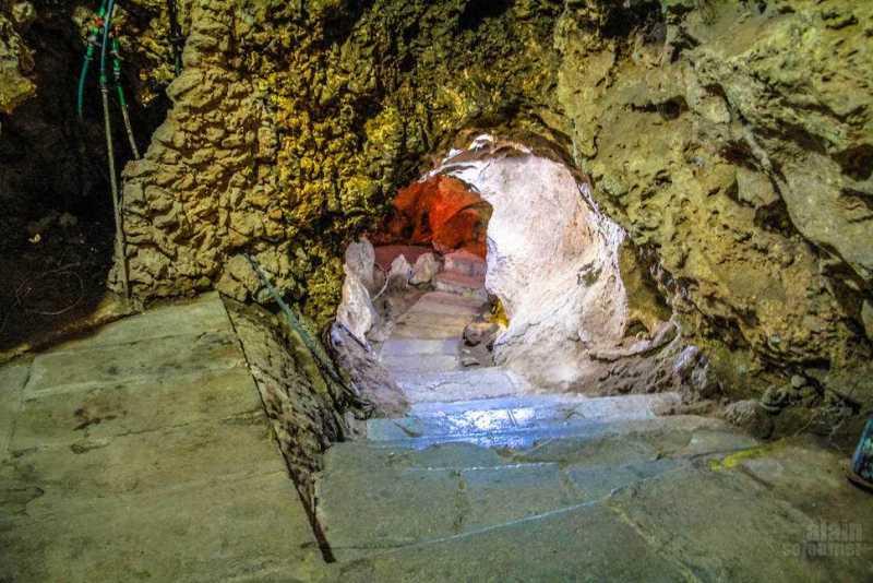 Disco-Ayala-Cave-Trinidad-Cuba-5