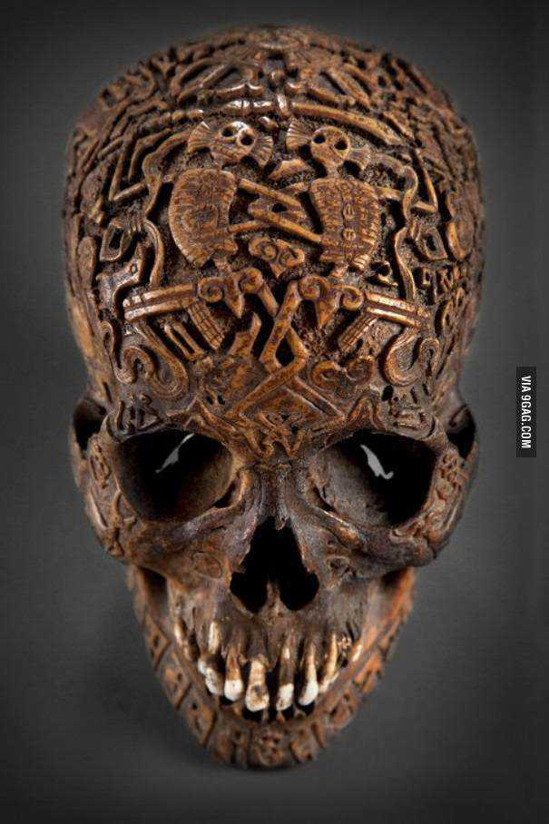 tibetan_skull_carving-329602