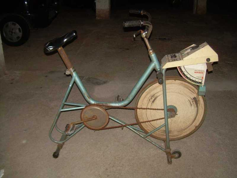 bicicleta-ergometrica-monark-antiga-16237-MLB20117995817_062014-F