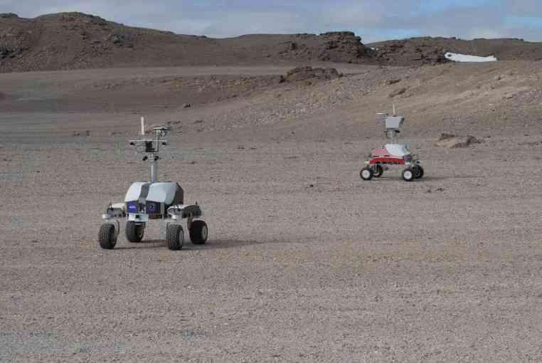 A NASA está testando seus novos robôs lá