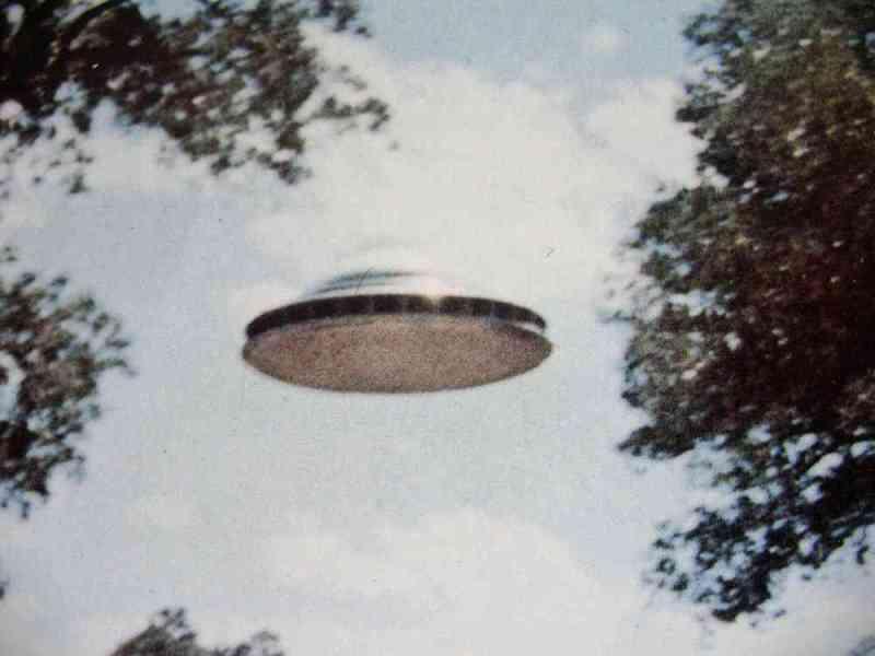 Paul-Villa-UFO-1