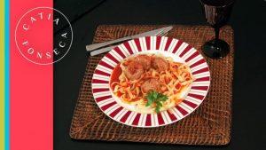 COMO FAZER: Espaguete com Almondegas