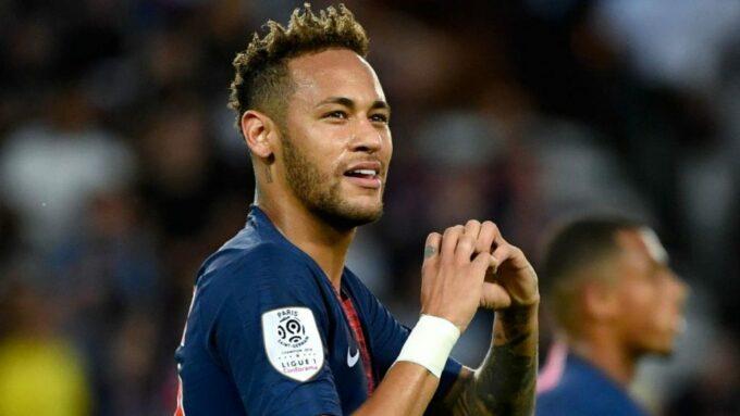 """Revoltado, Neymar faz textão para Bruna Marquezine e desabafa: """"Eu sei quem você é"""""""