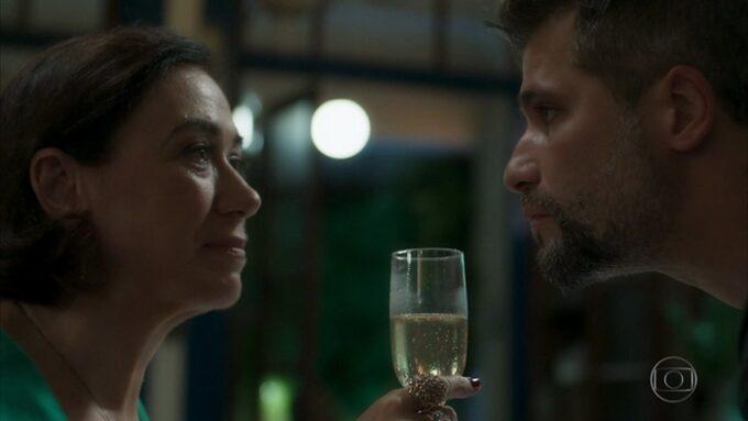 O Sétimo Guardião: Gabriel se alia à Valentina contra Olavo e plano faz a fonte secar
