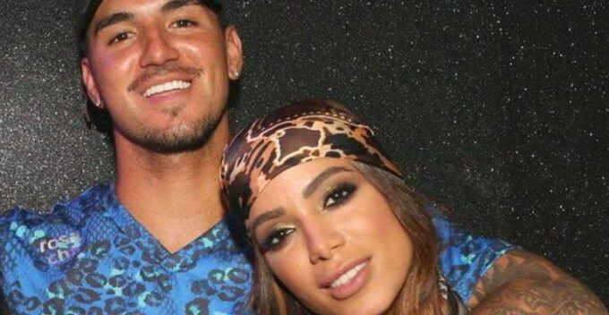 Assumiram? Anitta é flagrada em momento íntimo com Gabriel Medina, tenta esconder e verdade vem à tona
