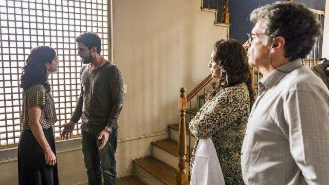 Órfãos da Terra: Jamil se desespera em busca de Laila e invade casa de Miguel