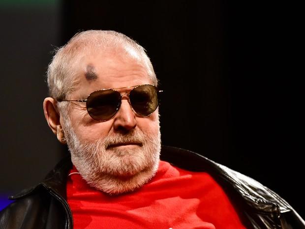 """Aos 81 anos, Jô Soares sofre acidente, aparece machucado e revela o que aconteceu: """"sangrei pelo nariz"""""""