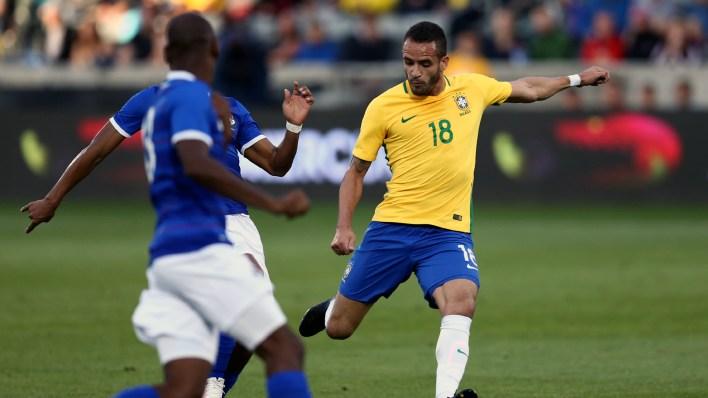 Renato Augusto se movimentou bem durante o jogo (Foto: Lucas Figueiredo / MoWA Press)