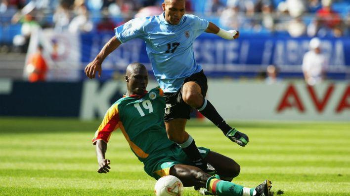 Bouba Diop: campeão pelo Portsmouth e pelo AEK Atenas (Foto: Getty Images)