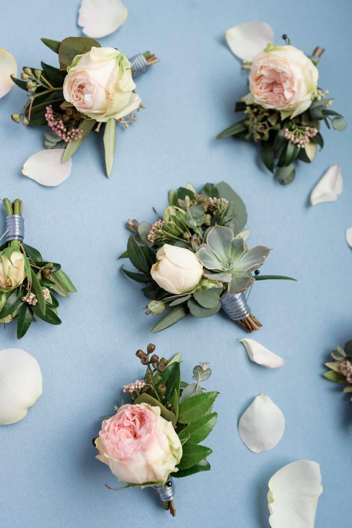 Garden rose boutonniere
