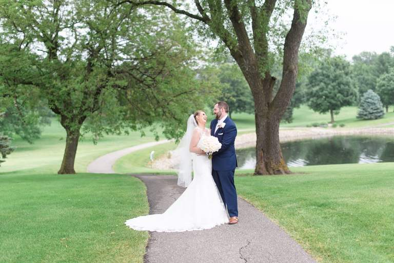 Grinnell golf and country club wedding