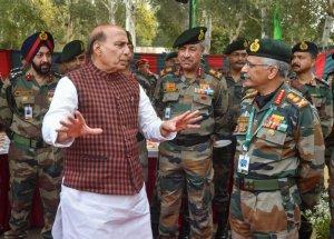 सेना प्रमुख ने नियंत्रण रेखा पर लिया हालात का जायजा, सेना की तैयारियों की समीक्षा की