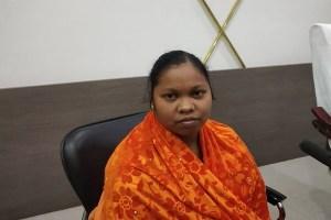 Odisha: कई हत्याओं में था इसका हाथ, 4 लाख की इनामी महिला नक्सली ने किया सरेंडर