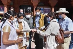 COVID-19: बढ़ता जा रहा है कोरोना का कहर, भारत में पिछले 24 घंटों में सबसे अधिक मौत