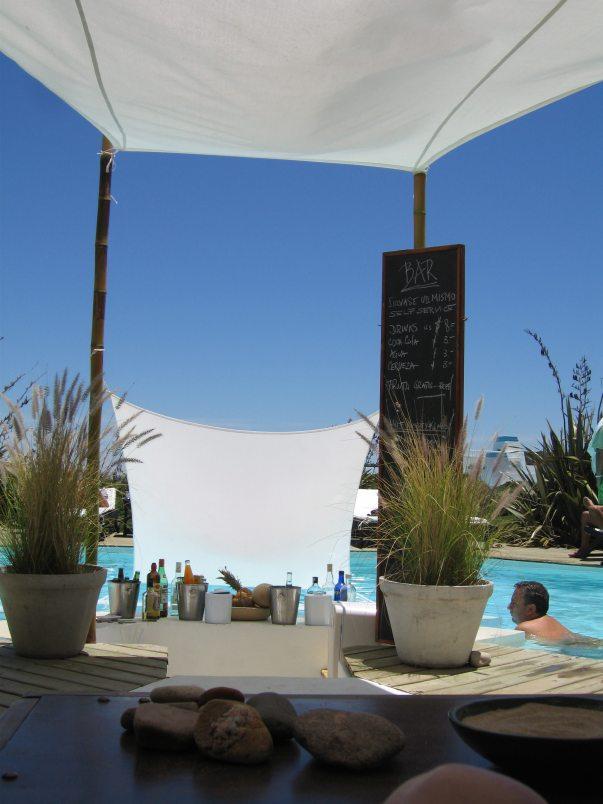 Posada del Faro pool bar
